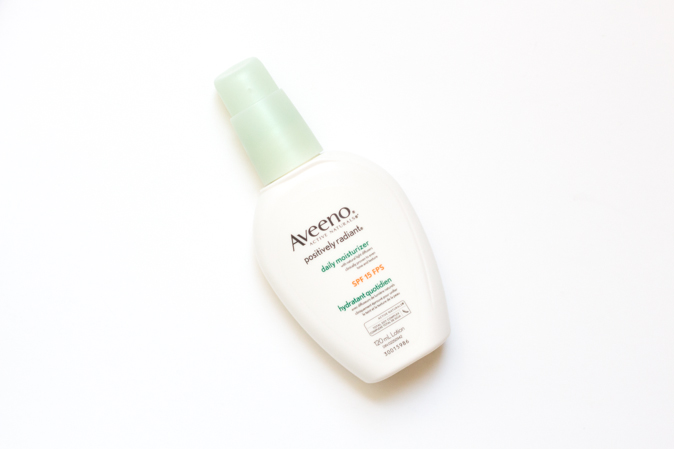 aveeno postively radiant daily moisturizer review