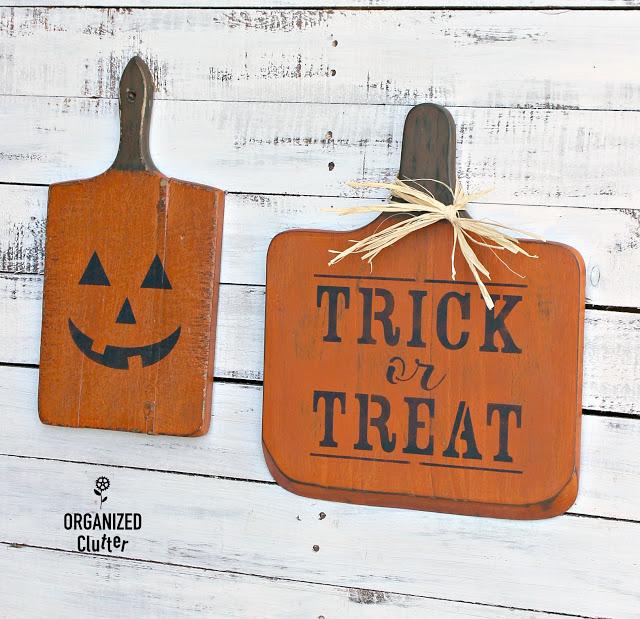 Photo of cutting board Halloween decor