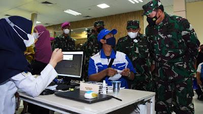 TNI AL, Polri Serta PT Pelindo II Laksanakan Vaksinasi Massal di Pelabuhan Tanjung Priok