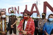 Sandiaga: Danau Toba Ikon Baru Pariwisata Indonesia