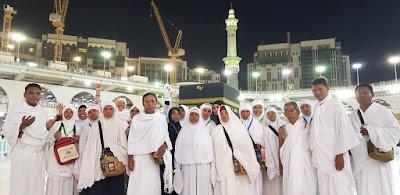 Jamaah  Umroh Ezkia di Masjidil Haram - Makkah Al Mukarromah