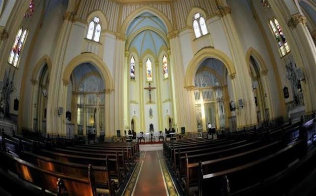 Igrejas reabrem neste fim de semana em várias cidades do país