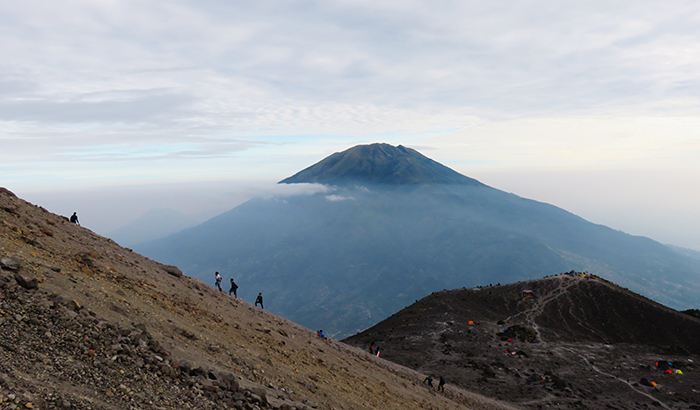 Summit Attack Merapi