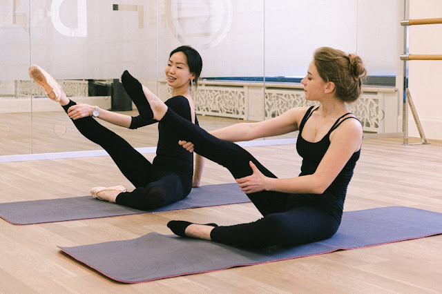 """<a href=""""https://www.carejunk.in/2020/01/benefits-of-yoga.html"""">Benefits of yoga</a>"""