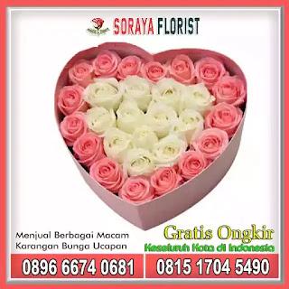 Bunga Mawar Box Cantik Bentuk Love