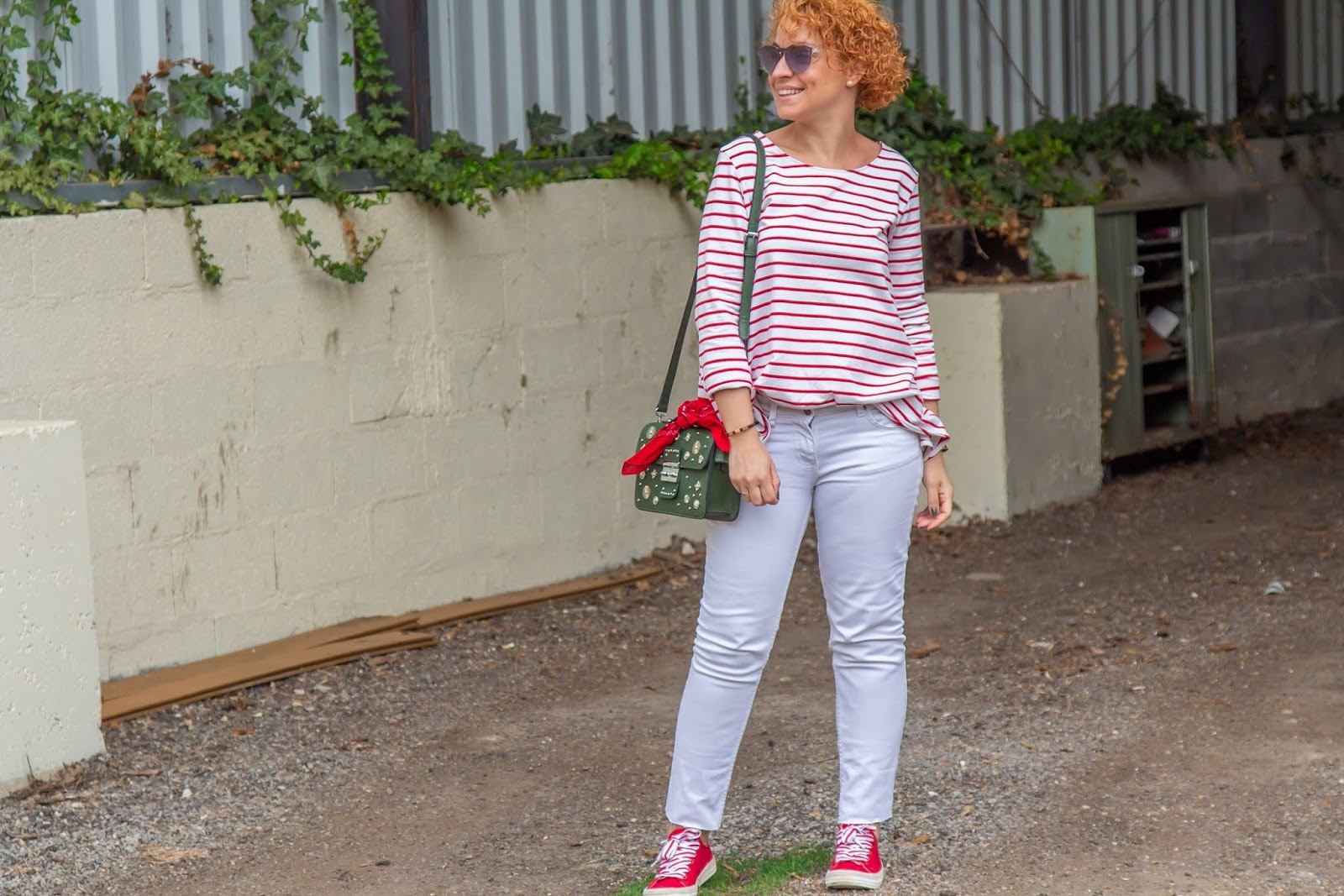 look-printemps-jean-blanc-mariniere