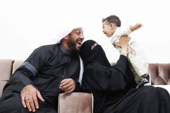 Cerita Kesabaran Syeikh Ali Jaber, 2 Tahun Tanpa HP Demi Istri