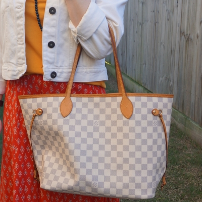 red maxi skirt with Louis Vuitton MM damier azur neverfull | away from the blue