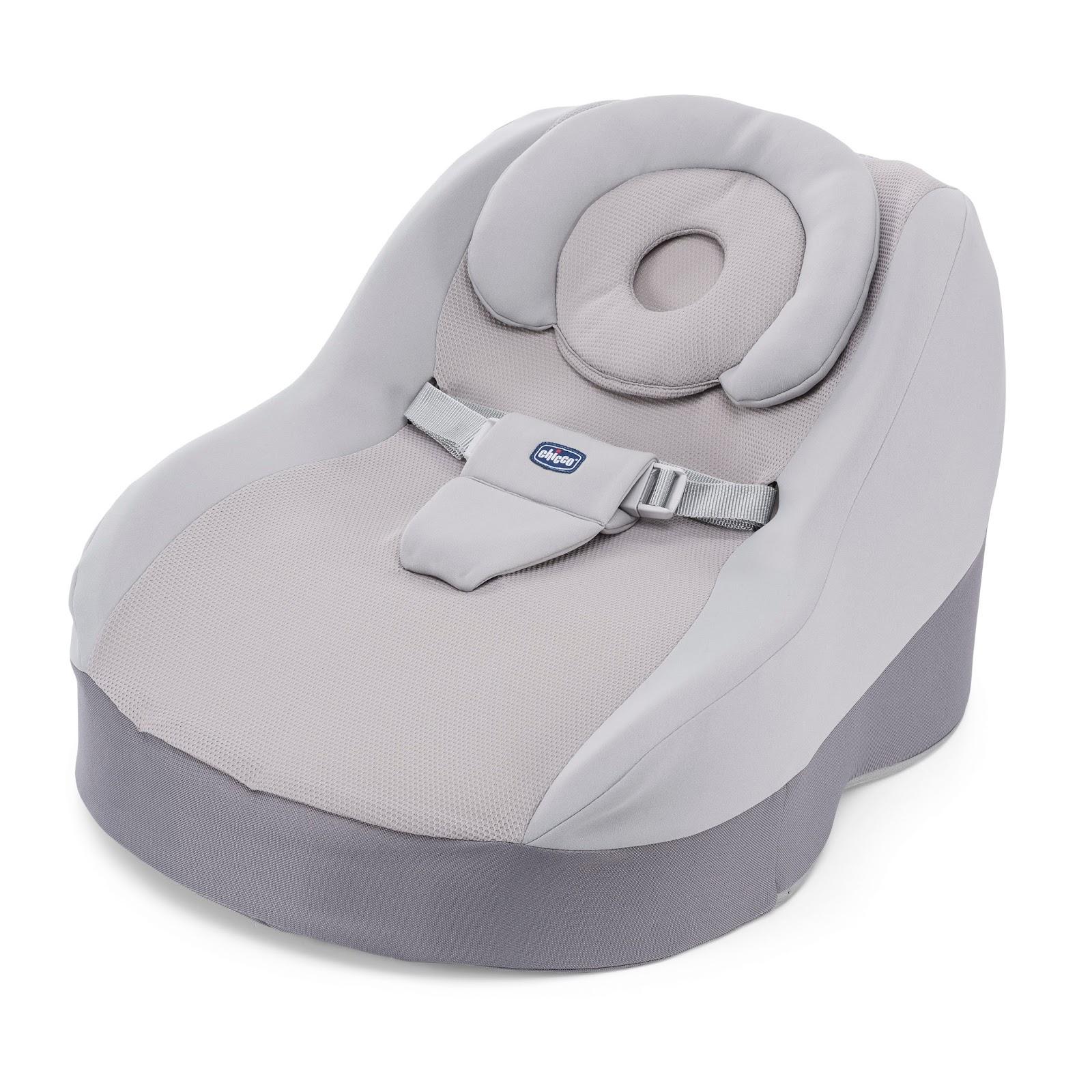 Outra facilidade do Comfy é o descanso removível para apoiar a cabeça, que  deixa o bebê ainda mais confortável e aconchegado. O forro é lavável, ... 6ebb9698cc
