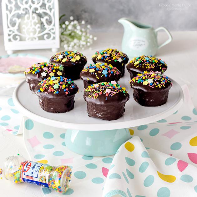 Receta Magdalenas marmoladas de chocolate y sprinkles