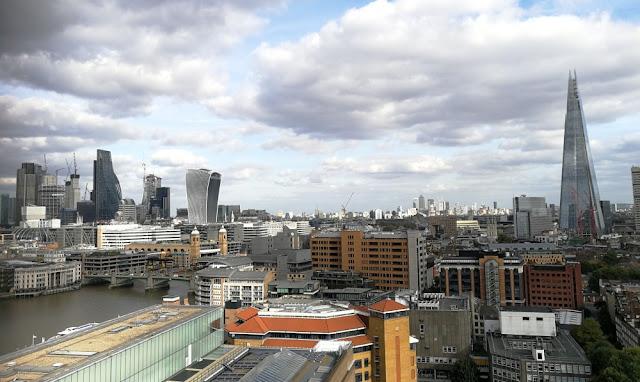 London 2017 - Aussicht aus der Tate Modern u.a. auf The Shard