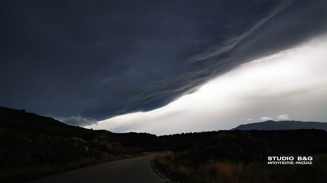 Με εντυπωσιακό shelf cloud ήρθε η κακοκαιρία στην Αργολίδα (βίντεο)