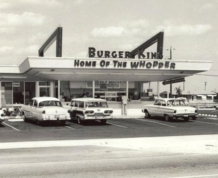 McDonalds Brothers store, Keith J. Kramer and his wife's uncle Matthew Burns opened their first restaurant in 1953 and named it Insta-Burger King.