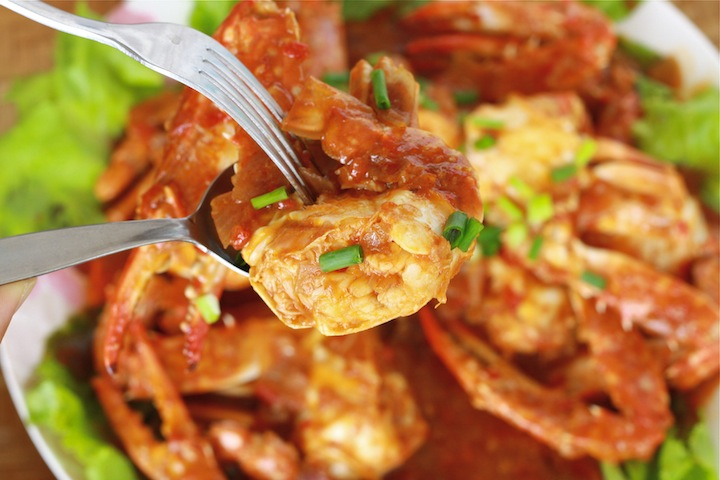 Malaysian style chili crab recipe by SeasonWithSpice.com