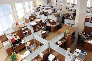 5 Hal Yang Membuat Anda Dinilai Menjadi Karyawan Yang Kurang Profesional
