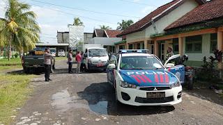 KAWAL pendistribusian vaksin Covid-19 mendapatkan pengawalan dari TNI POLRI kemarin