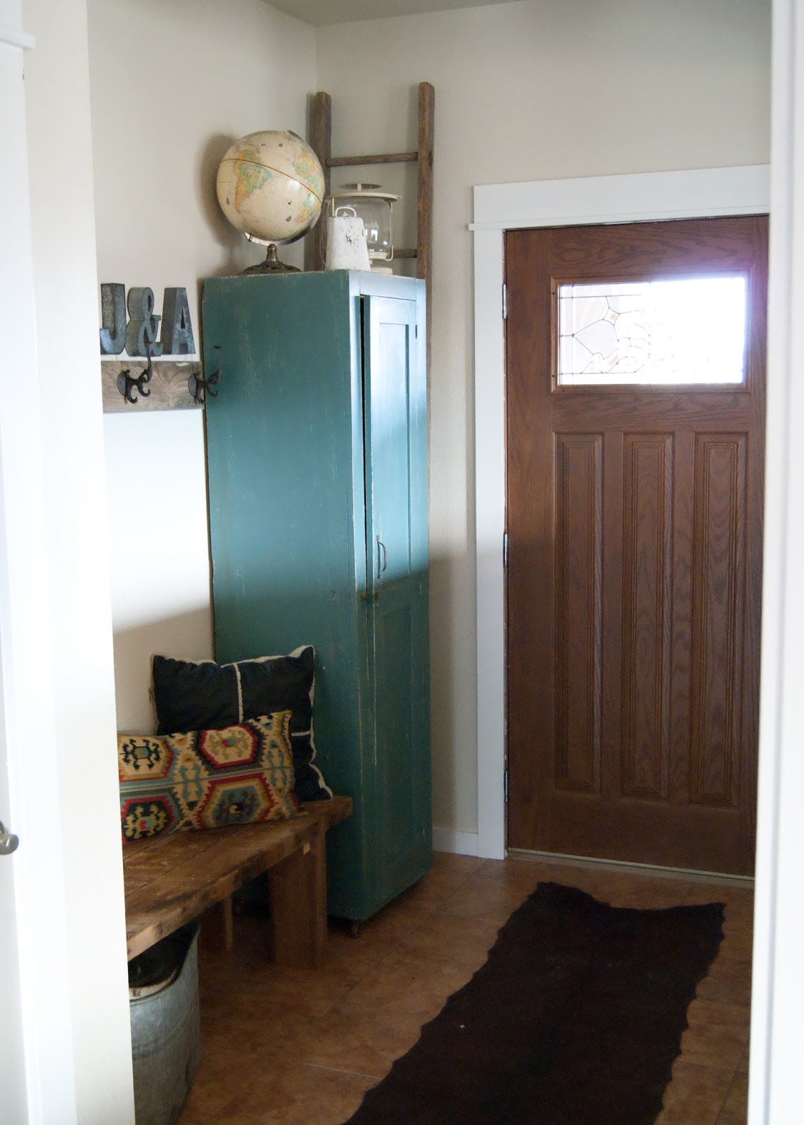 Wooden Entryway Locker Before After