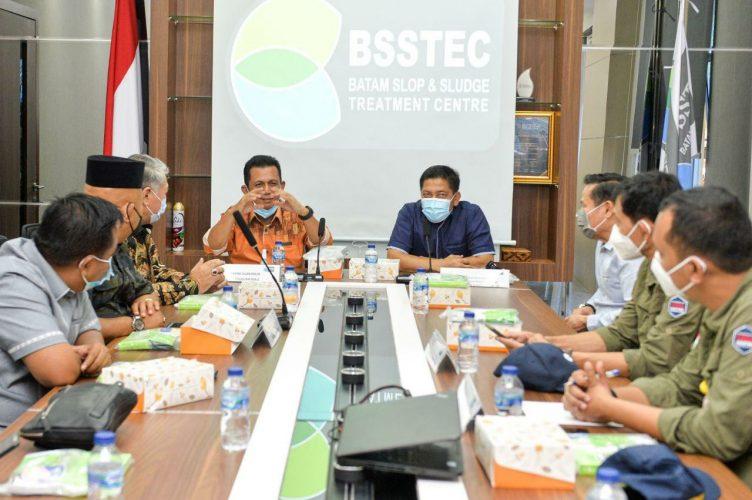 Gubernur Ansar Bersama Marsetio Kunjungi PT Multi Guna Mandiri dan Pabrik Pengolahan Limbah BSSTEC