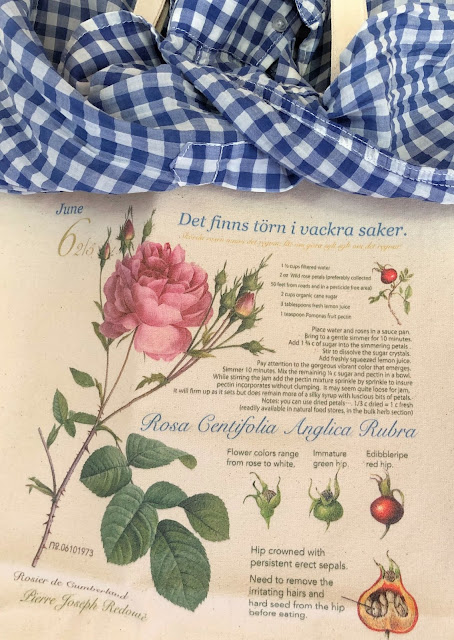 Soft pink rose canvas tote bag is looks like a vintage botanical art when you put it on the wall.