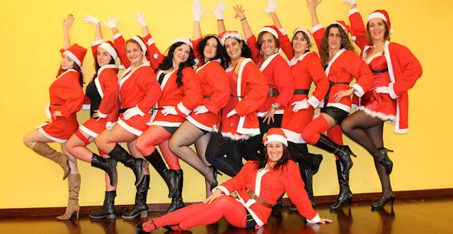 Grupos de mamanoelas para ponerle un toque sexy a la navidad
