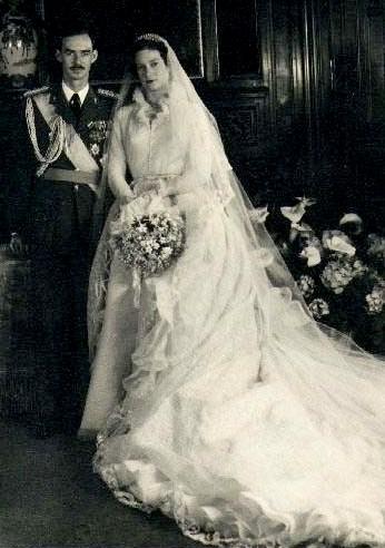 The Royal Order Of Sartorial Splendor Wedding Wednesday April Brides