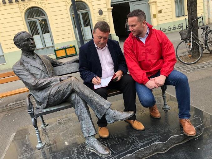 Soron kívül kapott védőoltást Gyöngyös DK-s polgármestere