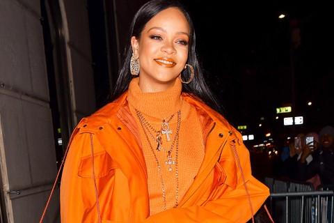 Rihanna Buys $700K Worth Of Ventilators For Barbados to fight Coronavirus