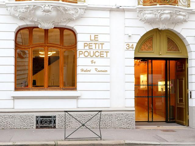 La devanture du Petit Poucet, pâtisserie amiénoise.
