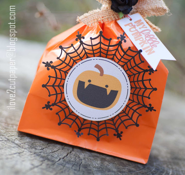 Pumpkin Patch, Pumpkin bags, pumpkin toppers, Halloween, ilove2cutpaper, LD, Lettering Delights, Pazzles, Pazzles Inspiration, Pazzles Inspiration Vue, Inspiration Vue, Print and Cut, svg, cutting files, templates, Silhouette Cameo cutting machine, Brother Scan and Cut, Cricut
