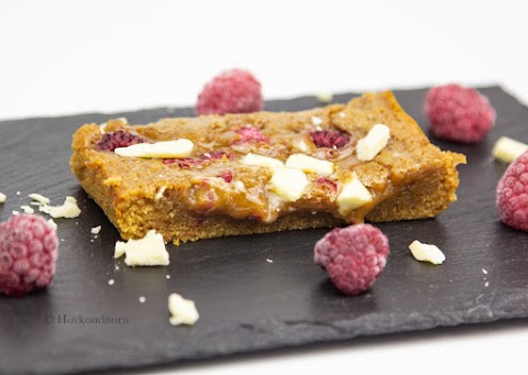 Raspberry White Chocolate Squares