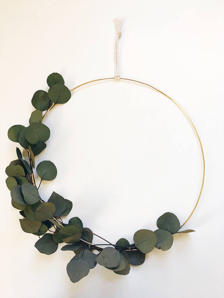 Asymmetrical wreath via ShopRareBird