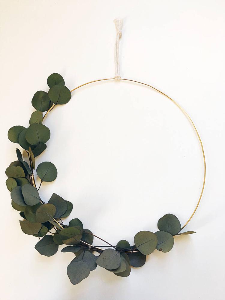 Asymmetrical wreath via ShopRareBird