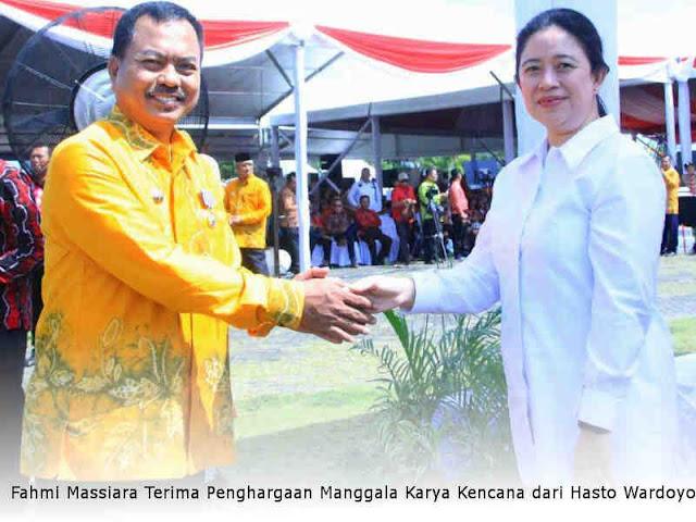 Fahmi Massiara Terima Penghargaan Manggala Karya Kencana dari Hasto Wardoyo
