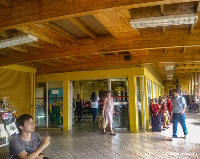 Área de embarque do Aeroporto de Mataveri, Ilha de Páscoa