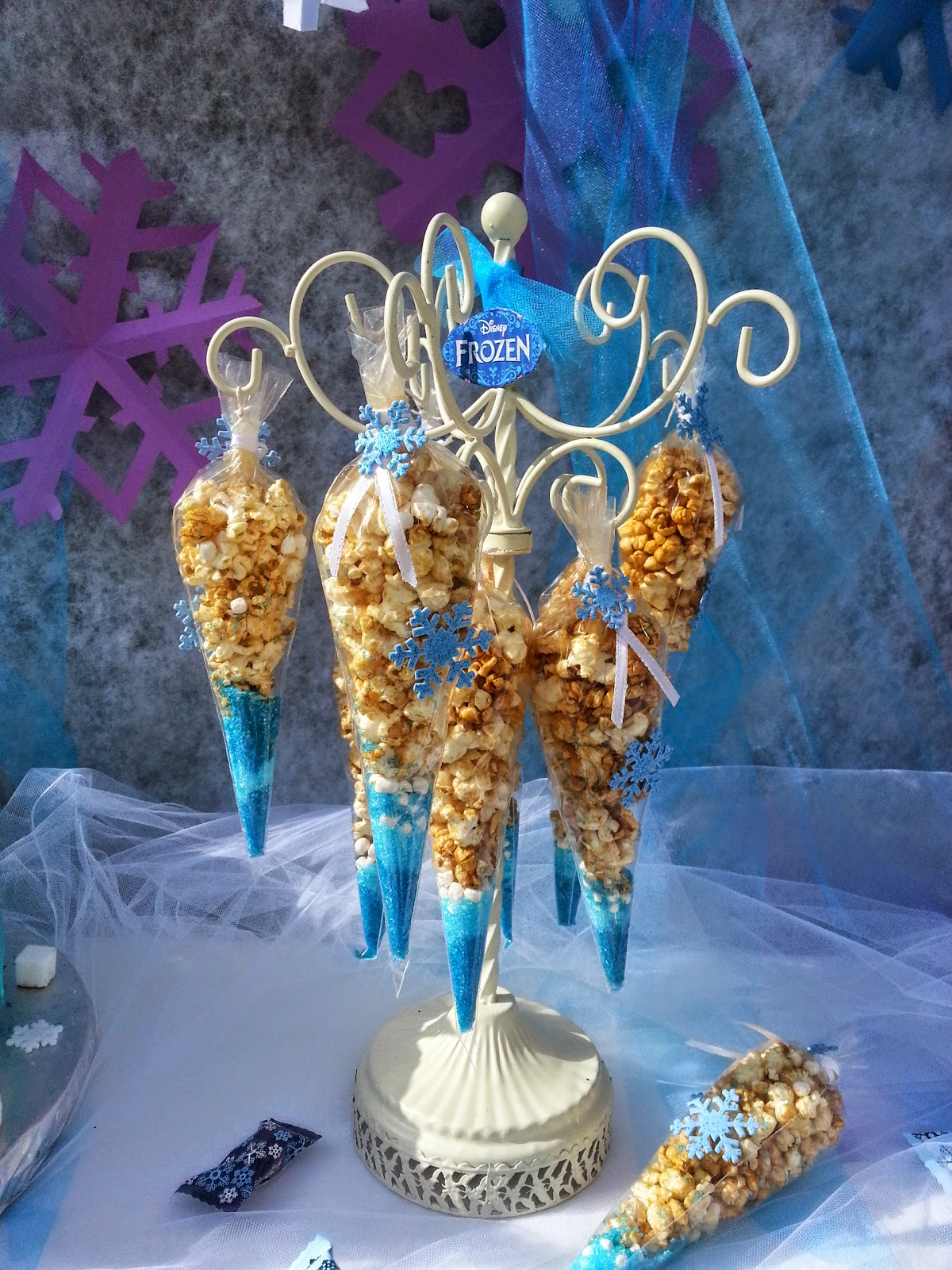 "Nana's Theme Party: ""Disney's Frozen Themed Party"""