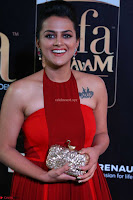 Sraddha in Sleeveless Red Gown at IIFA Utsavam Awards 2017  Day 2  HD Exclusive 08.JPG
