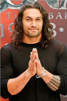 jason mamoa long hair