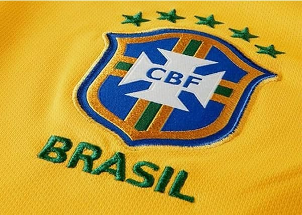 Governador define horário de expediente em dias de jogos do Brasil na Copa