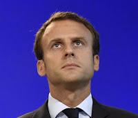 Lors de la commémoration des 75 ans de Bormes-les-Mimosas, Emmanuel Macron a encouragé les Français à se « réconcilier » et à redevenir courageux. Vaste programme…