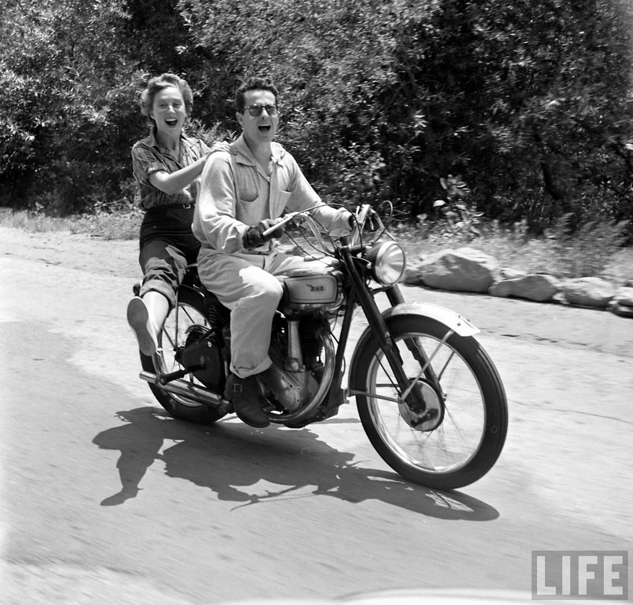 1940s-biker-girls-12.jpeg