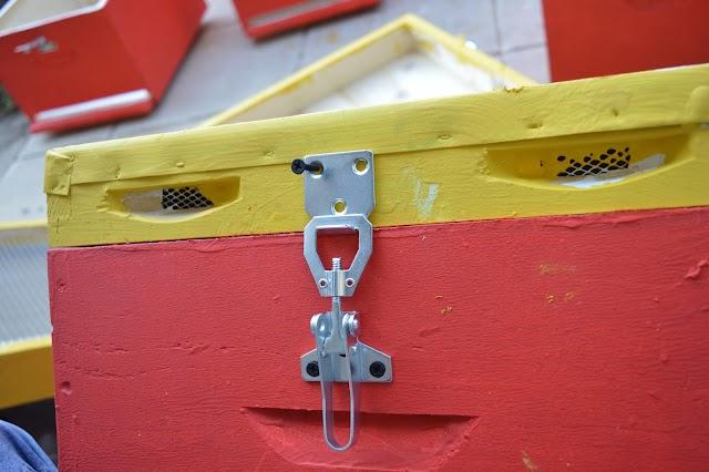 Τοποθέτηση κλειδιών στις κυψέλες εύκολα και γρήγορα