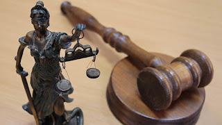 судити