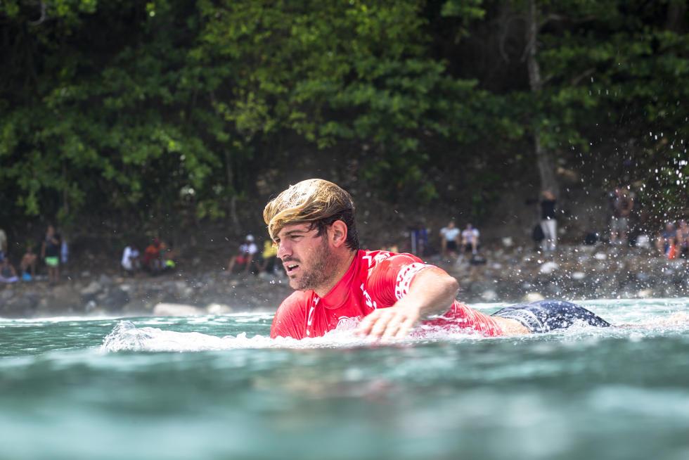 16 Santiago Muniz ARG Martinique Surf Pro foto WSL Poullenot Aquashot