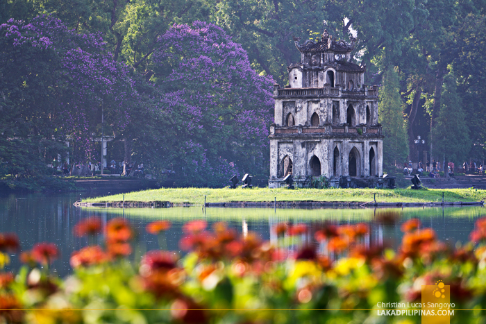 Hanoi Walking Street Hoan Kiem Lake