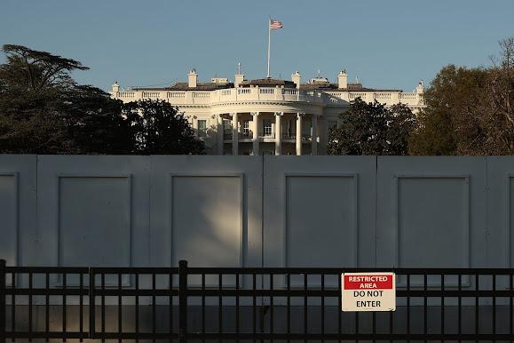 Beyaz Saray'a Meksika Duvarı