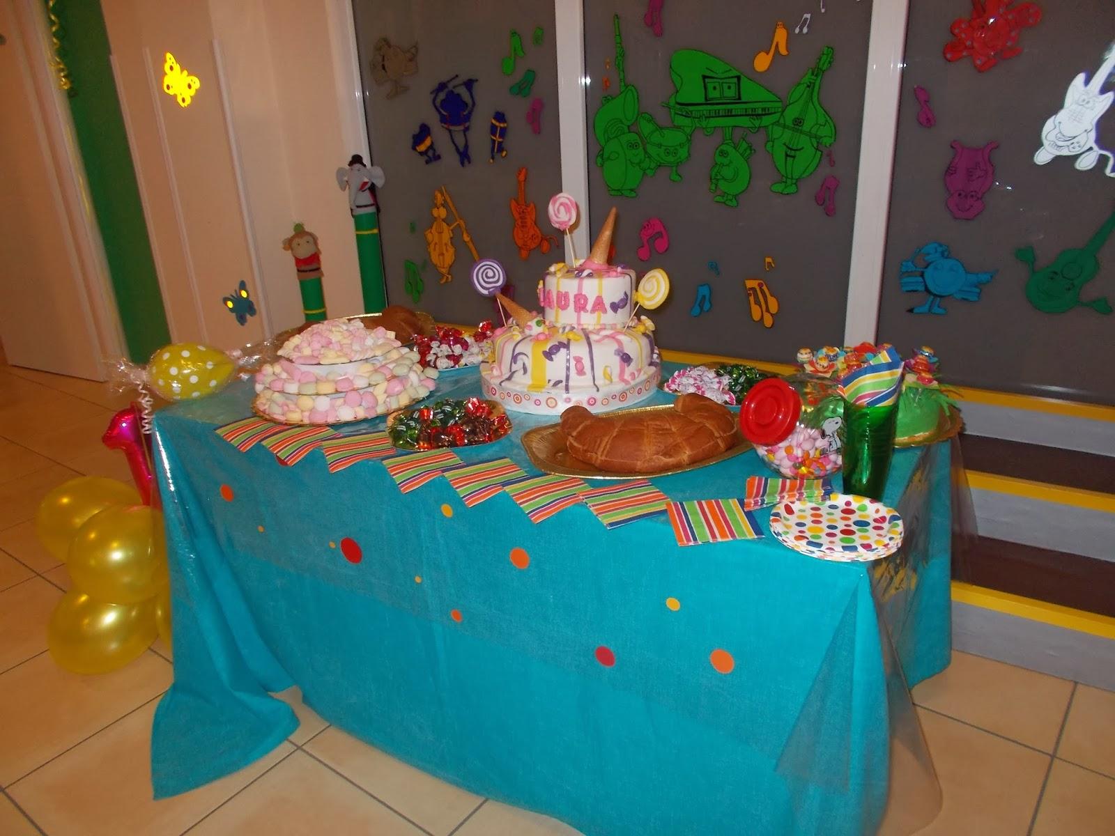 Confetti primo compleanno te84 regardsdefemmes for Decorare la stanza di minnie e topolino