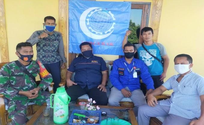 Serikat Bergerak Jalin Komunikasi Sosial dengan Babinsa Koramil Cikande