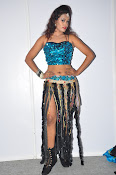 dancer nisha new sizzling pics-thumbnail-9