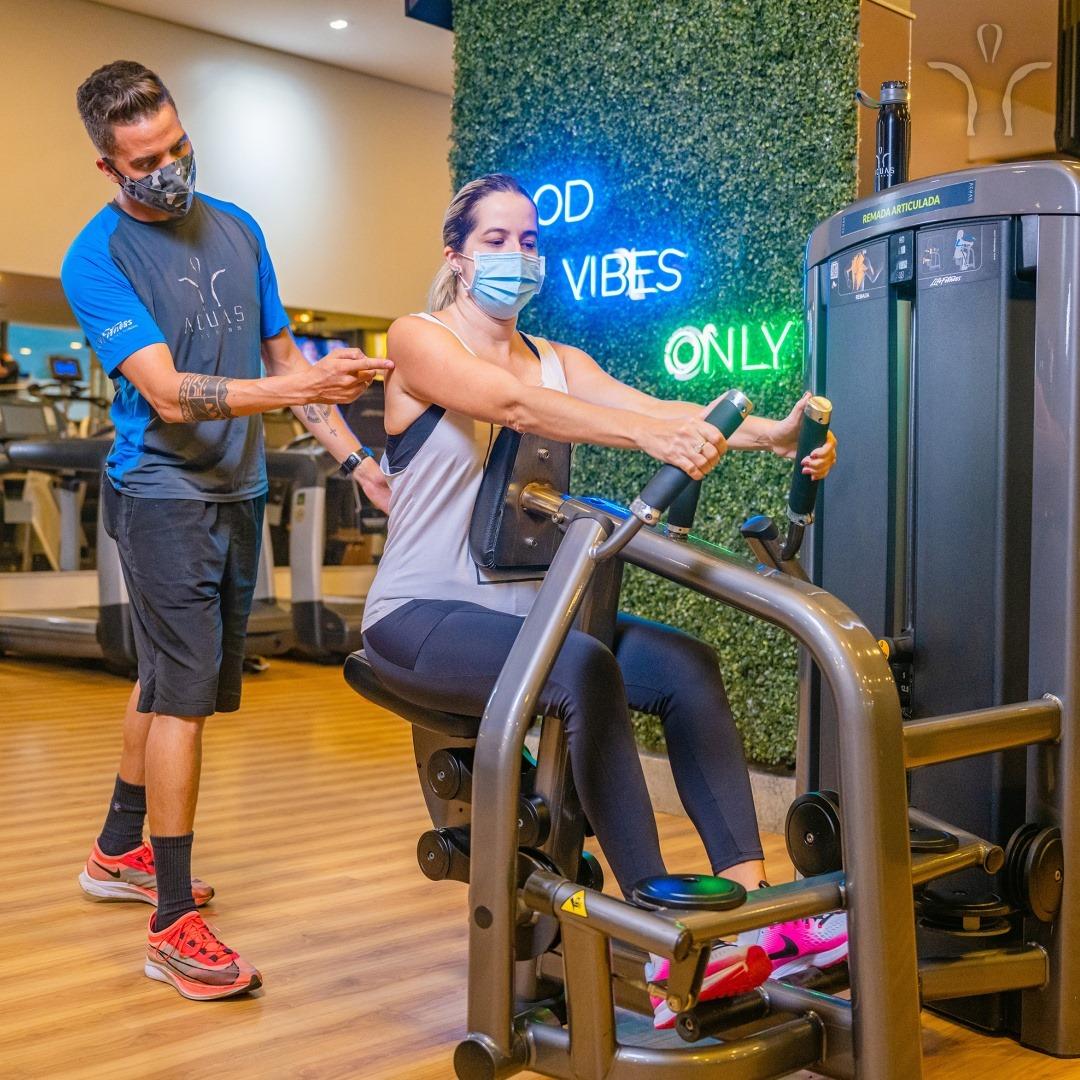 É hora de voltar para a academia Acuas Fitness de forma segura e sem sofrer lesões musculares