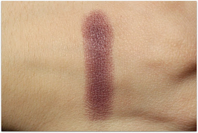 Honeybee Gardens Pressed Mineral Eye Shadow in Daredevil Swatch